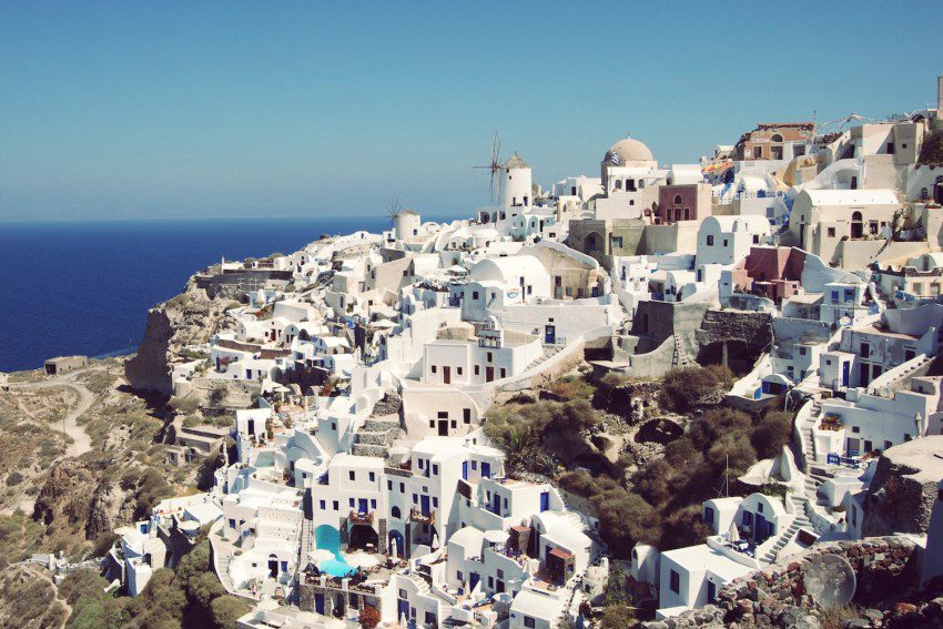 Santorini – 8 things to do